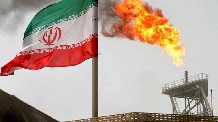 irandaki gerilim petrol fiyatlarina da yansidi 1514878323 7035 - İran'daki gerilim fiyatları vurdu! 3 yılın zirvesi