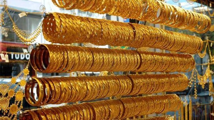 Altın, Ağustos ayı rakamlarına kadar geriledi